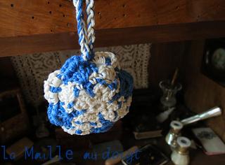Azulejos_pincushion_crochet_4_small2
