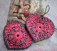 Coeur_maille_au_doigt_4_small_best_fit