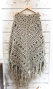 Clover_triangle_shawl__1_of_1__small_best_fit
