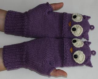 22_purple_owl_mitt_edited_small2