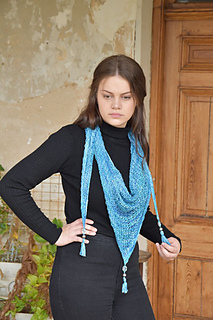 P43-triangular-landlust-tuchshawl_small2