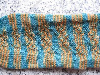 2011_simple_athame_socks_02_small2