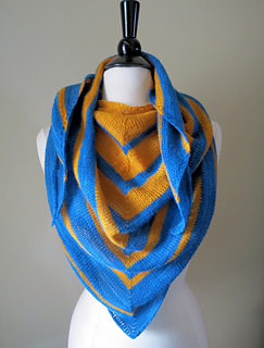 Tridiff_front_kerchief_lace_bluegold_small2