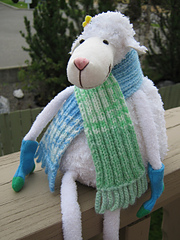Knitting_2010_08_08_3417_small