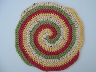 Knitting_2011_07_04_4858_small2