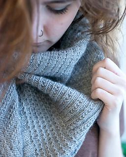 Walcot-yarns-cobbled-streets-shawl-020-72_small2