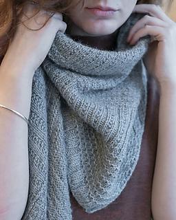 Walcot-yarns-cobbled-streets-shawl-015-72_small2