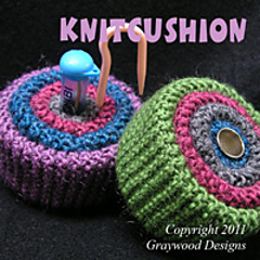 Image_knitcushion_200x200_small
