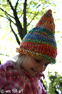 Pointed-pixie-hat1_small2