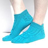 Tuvalu_braid_clog_socks_09_small_best_fit