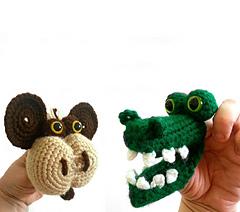 Monkey_and_alligator_small