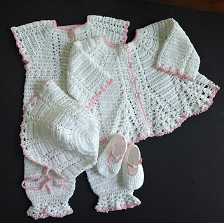 f6b6d92c4b809 Baby Girl Coming Home Outfit pattern by Margaret Whisnant