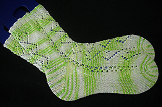 Diamond_chain_socks1resized_small2