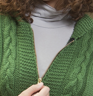 Annie_hooded_vest_-_craftsy_3_small2
