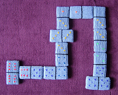 Dominoes_1_800_small