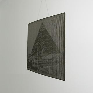 Pyramid_02_square_small2