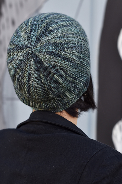https://www.ravelry.com/patterns/library/circled-2
