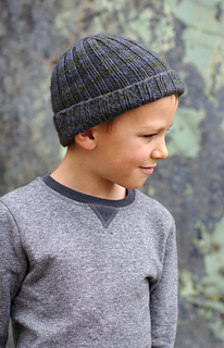 2590282f8 Ravelry: Classic Beanie pattern by Woolly Wormhead