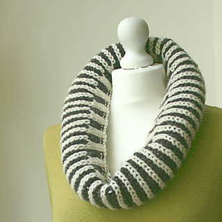 Fishermans_rib_cowl_2_small2