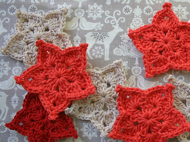 Ravelry Christmas Star Pattern By Leonie Morgan