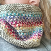 Rainbow_slip_knitted_cowl_6x6_3_small_best_fit