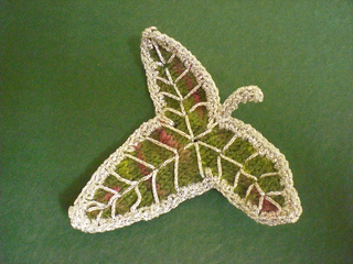 Elven_leaf_brooch2_small2