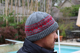 b734353ada08f Ravelry  Hearts On Repeat Hat pattern by Juliana Lustenader