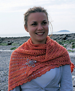Cross_stitch_sock_shawlette_5_small2