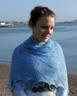 Garden_party_shawl_5_small2