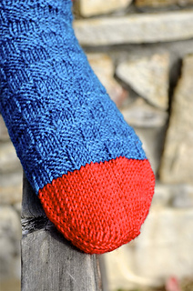 Redandbluesocks05_small2