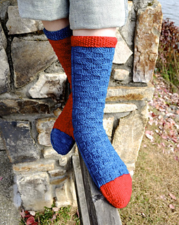 Redandbluesocks04_small2