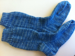 20110927lushcharadesocks_small2