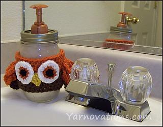 Mason-jar-soap-dispenser-with-crochet-owl_small2