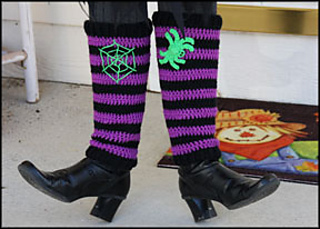 Ravelry Witch Way This Way Leg Warmers Pattern By Yarn Twins