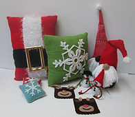 Thumbnail_christmas-pin-loom-group1_small_best_fit