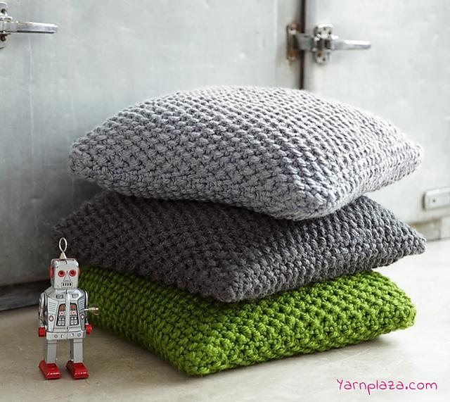 Ravelry Super Chunky Pillow Pattern By Yarnplaza