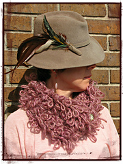 Loopy_cowl_pm_small