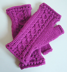 Spring_is_coming_mitts__2__small