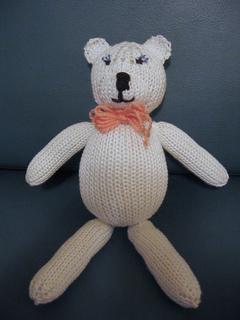 White_teddy_bear_001_small2