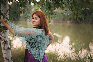 Lace Leaf Fall Shawl pattern by Venera Sharipova