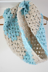 Cosy_crochet_cowl