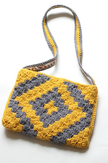 Grey_and_mustard_crochet_small2