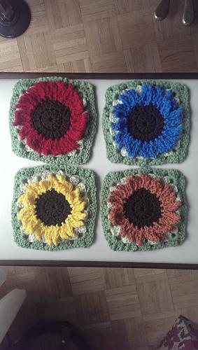 Ravelry: Sunflower granny square pattern by Maz Kwok