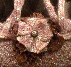 Flowerpincloseup_small