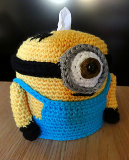 Crochet_amigurumi_minion_gru_dispensador_panuelos_tissues_dispenser_63_small2