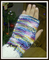 Fingerless_mitts_knit_small_best_fit