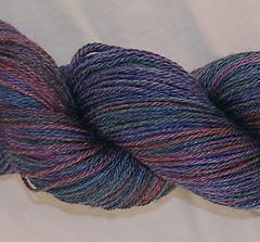 Dark_yarn_detail