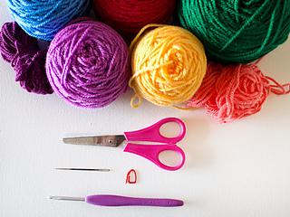 Marinkeslump_crochetnestingbaskets_supplies_small2