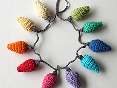 Wink-crochet-christmas-lights-final-item-2_small