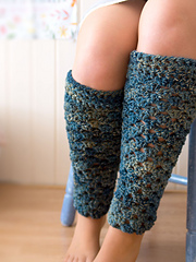 Wink-crochet-pair-legwarmers-finished3_small